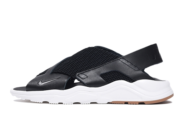 W AIR HUARACHE ULTRA
