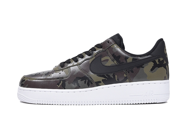 "AIR FORCE 1 '07 LV8 ""CAMO PACK"""