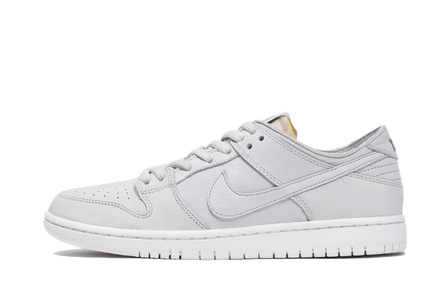 NIKE SB ZOOM DUNK LOW PRO DECON