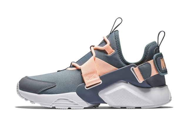 W AIR HUARACHE CITY LOW