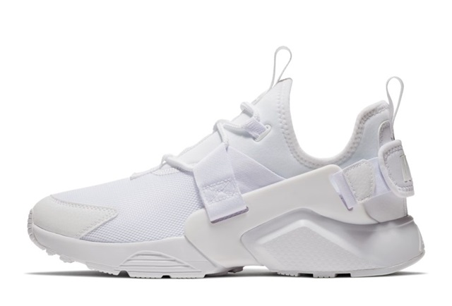 W NIKE AIR HUARACHE CITY LOW