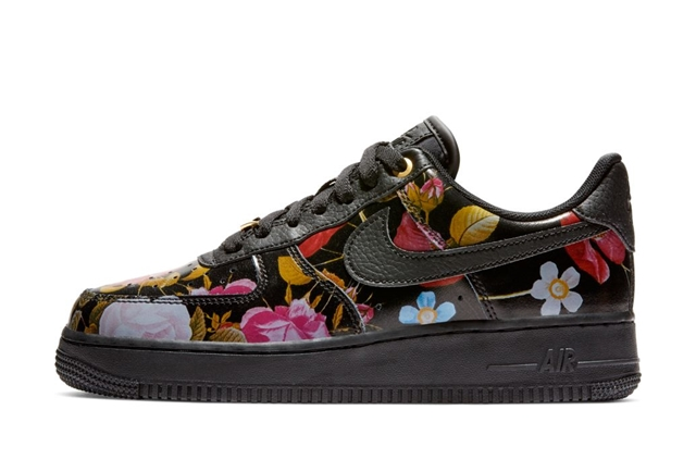 WMNS AIR FORCE 1 '07 LXX