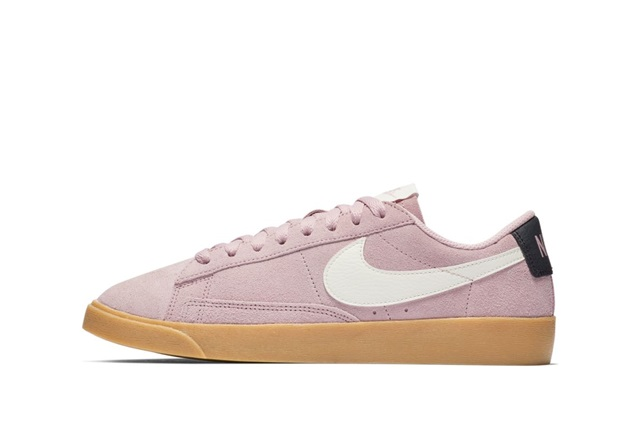 W BLAZER LOW SD