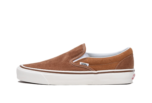 UA CLASSIC SLIP-ON 98 DX