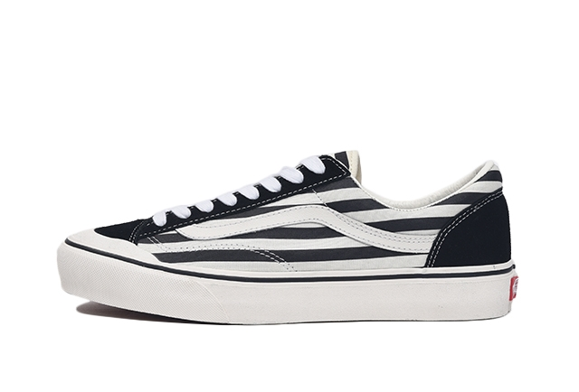 (Stripe) Black/Marshmallow